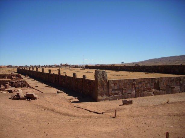 [Tiwanaku+01.jpg]