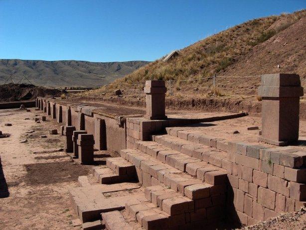 [Tiwanaku+03.jpg]