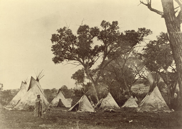 http://insanveevren.files.wordpress.com/2013/09/indian-camp-1868-1.jpg?w=600&h=424
